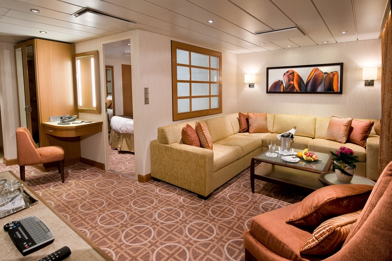 Luxury Stay- Suite