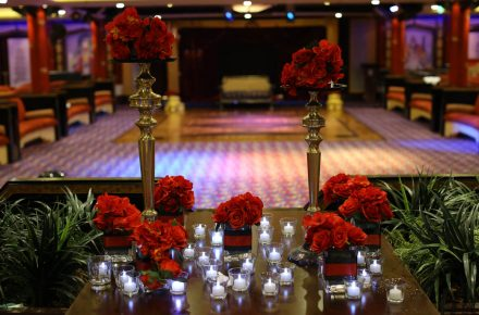 Decorations & Arrangements - Cruise weddings